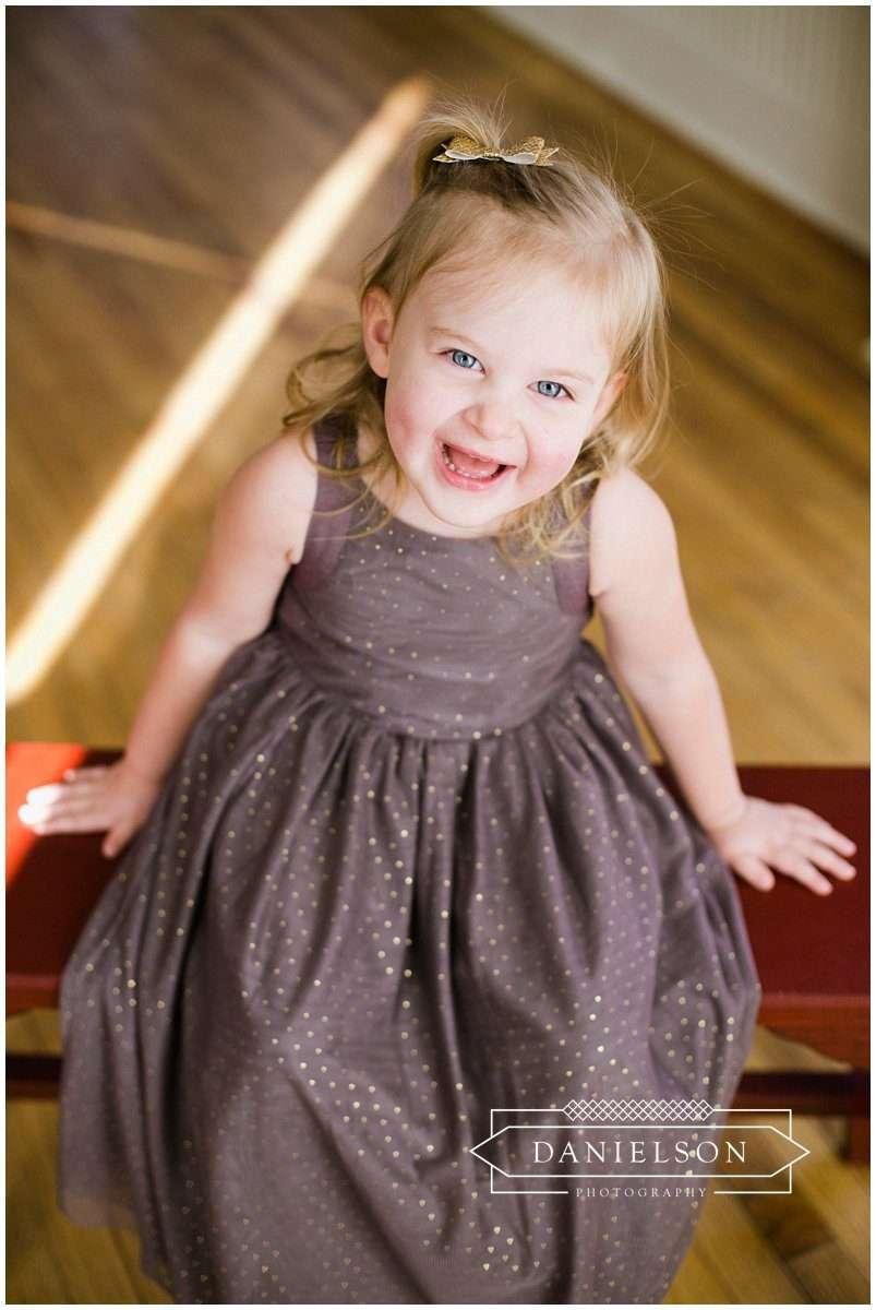 Iowa City photographer, Cedar Rapids photographer, Iowa City family photographer, Iowa City baby photographer, Little Lights Events, photographer Iowa City