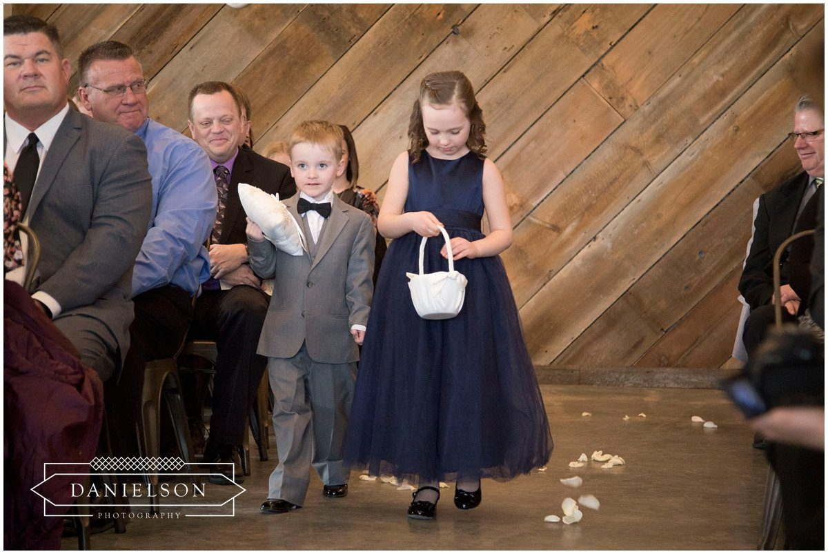 Rapid Creek Cidery weddings, Iowa CIty wedding photographer, Cedar Rapids wedding photographer, Rapid Creek Cidery, wedding ceremony