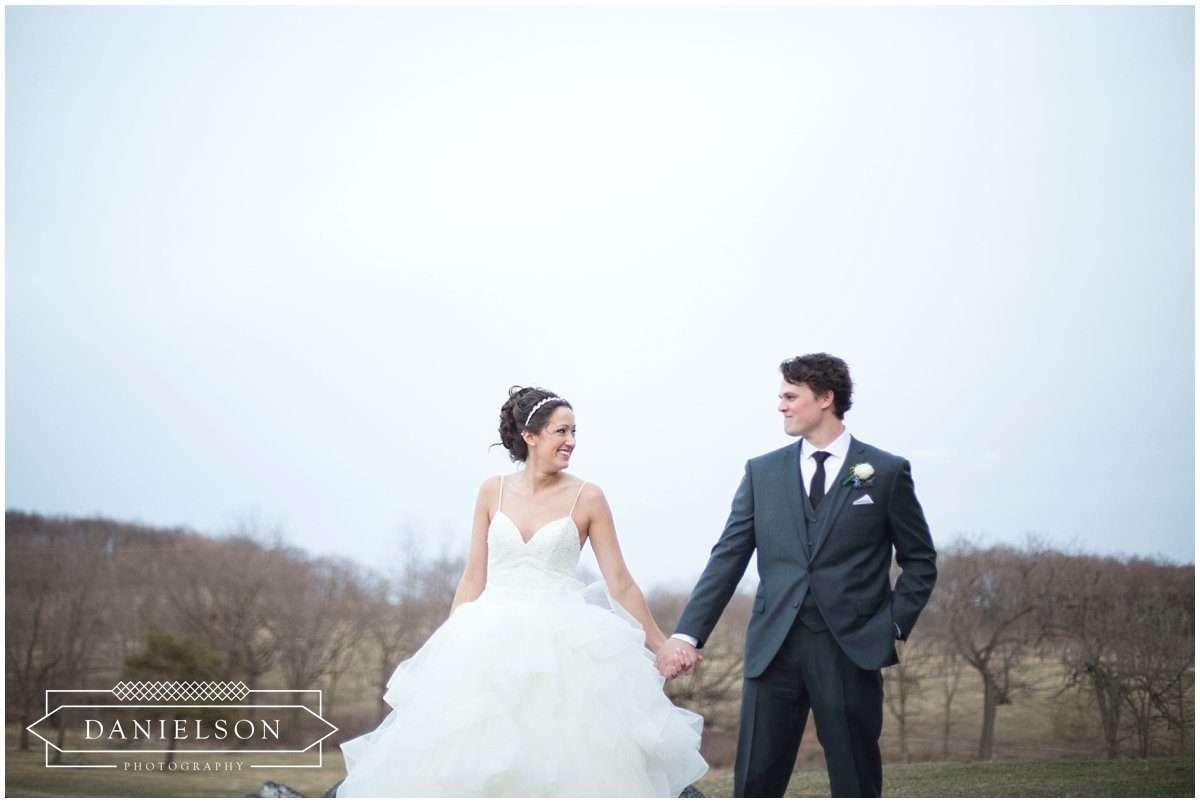 Rapid Creek Cidery weddings, Iowa CIty wedding photographer, Cedar Rapids wedding photographer, Rapid Creek Cidery