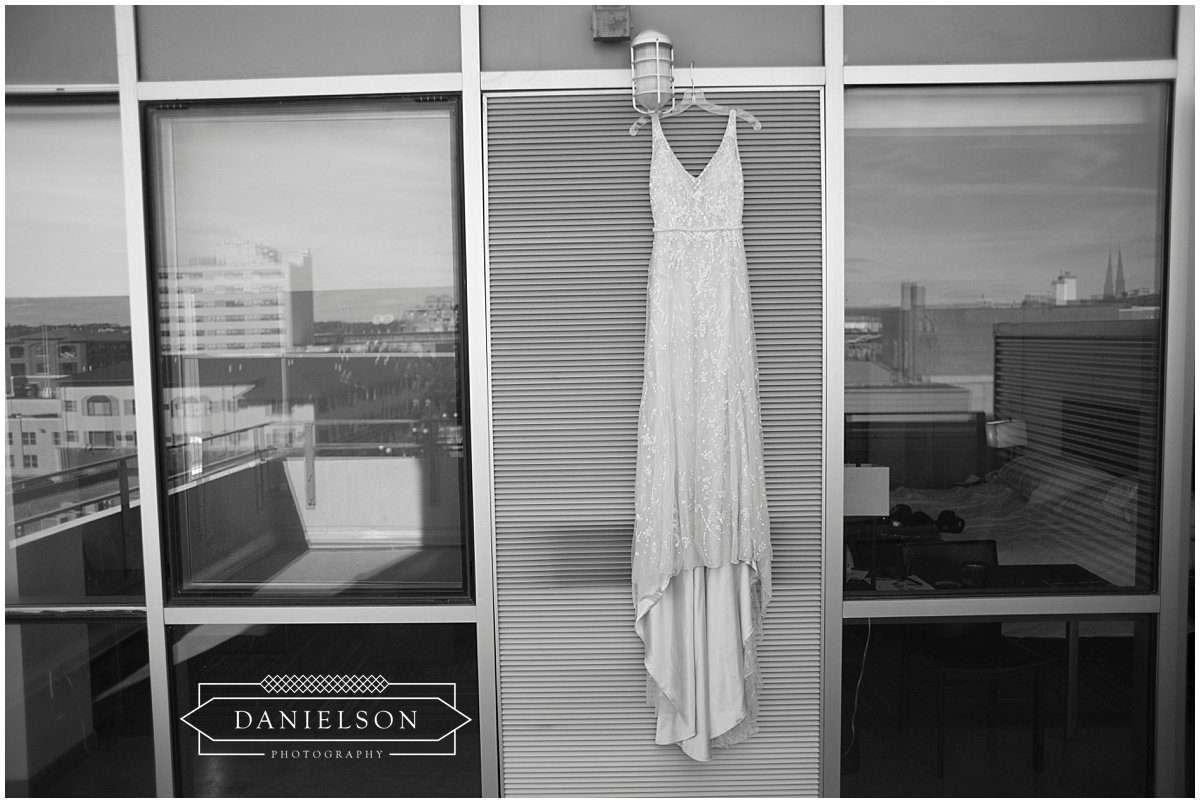 Hotel Vetro, weddings at hotel vetro, bridal portrait, bridal portrait at Hotel Vetro, Iowa City weddings, Iowa City Wedding at Old Brick, downtown Iowa City, Iowa City wedding photographer